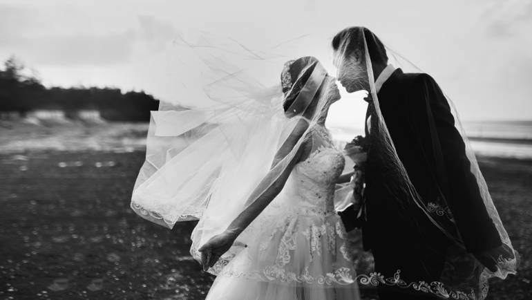 Choosing A Wedding Photography Style That Matches You