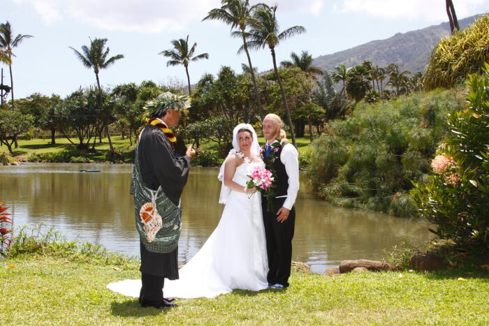 Elope in Hawaii: Tips and Tricks